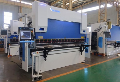 New cnc Press brakes, cnc brakepresses, cnc folders, sheet metal presses, sheet metal machinery, fabrication machinery, new guillotine blades