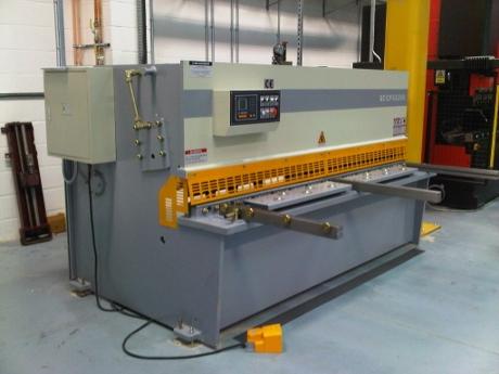 hydraulic Guillotines, Guillotine Blades, Shear Blades, Edwards Pearson Spare Parts, Amada Promecam
