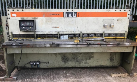used guillotines, used shears, used sheet metal machinery, k&b guillotines, donewell, used 6mm guillotines, new guillotines, used fabrication machinery, new guillotine blades, new shear blades, used metalworking machinery, pressbrakes, power rollers, edwards pearson new spare parts