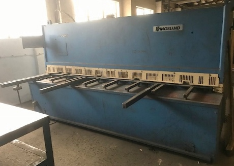 used 6mm guillotines,used shears, used kingsland guillotine, used 3 metre x 6mm guillotines, used 6mm shears, used haco guillotines, used sheet metal machinery, new guillotines, new sheet metal shears, used fabrication machinery, new guillotine shear blades